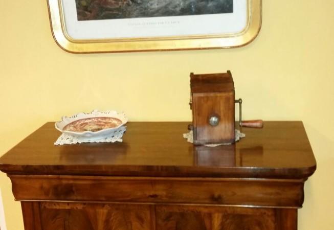 Piccola Credenza Da Restaurare : Credenza cappuccina 800 antichità e restauro turco verona bovolone