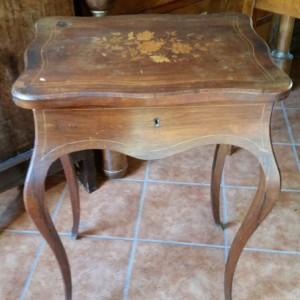 Tavolino da lavoro stile Napoleone III